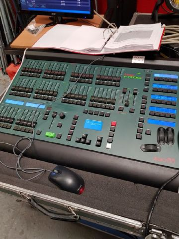 Ex Hire  Zero 88  Leap Frog  48 lighting console